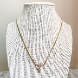 🎉5/20 SALE🎉 VTG gold tone faux diamond necklace